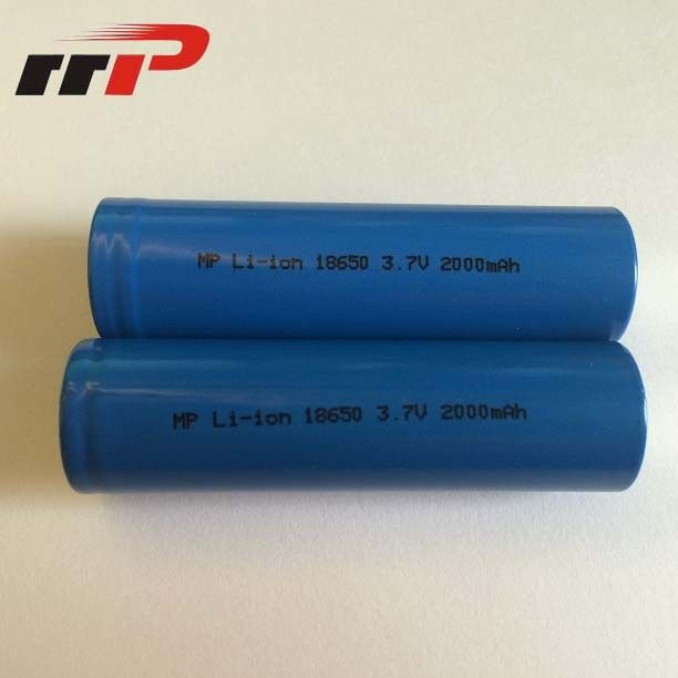 18650 Lithium Ion Rechargeable Batteries 3.7V Consumer Blister